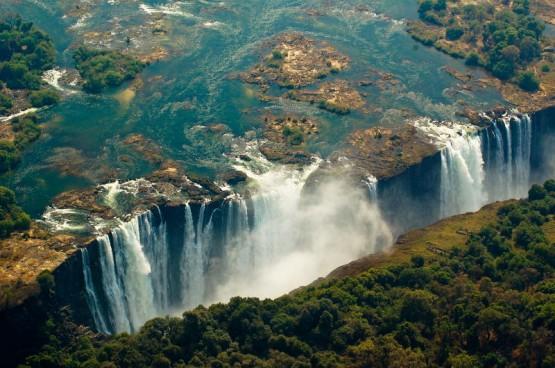 Victoria falls_trekearth