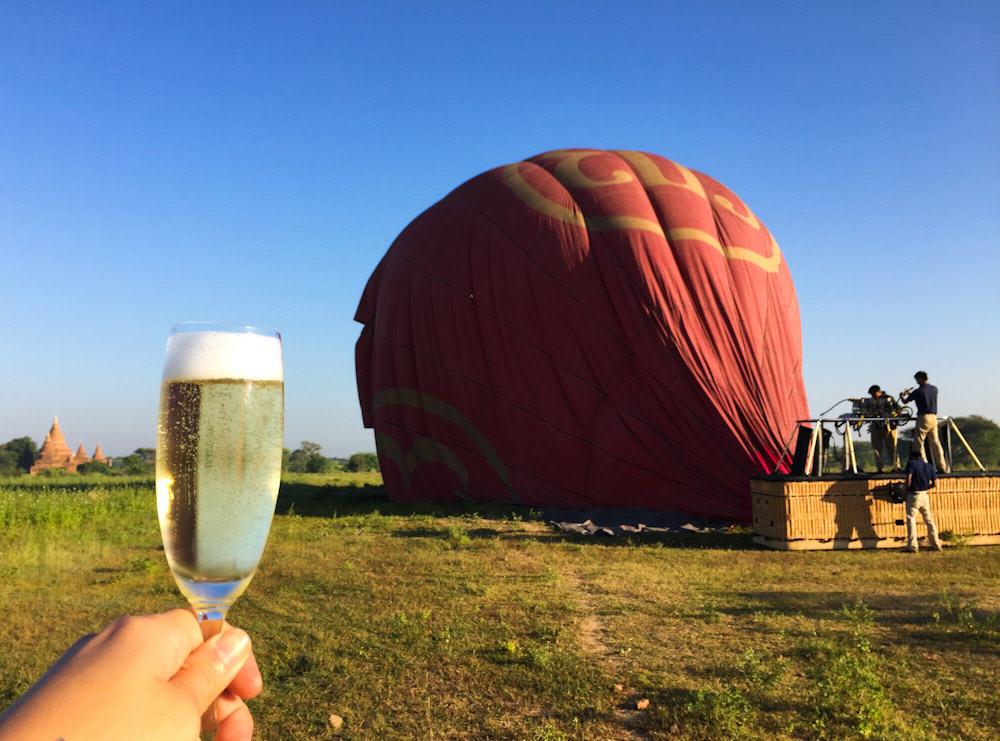 Balloons over Bagan 22a