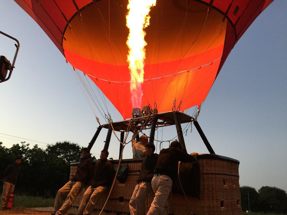 Balloons over Bagan 3