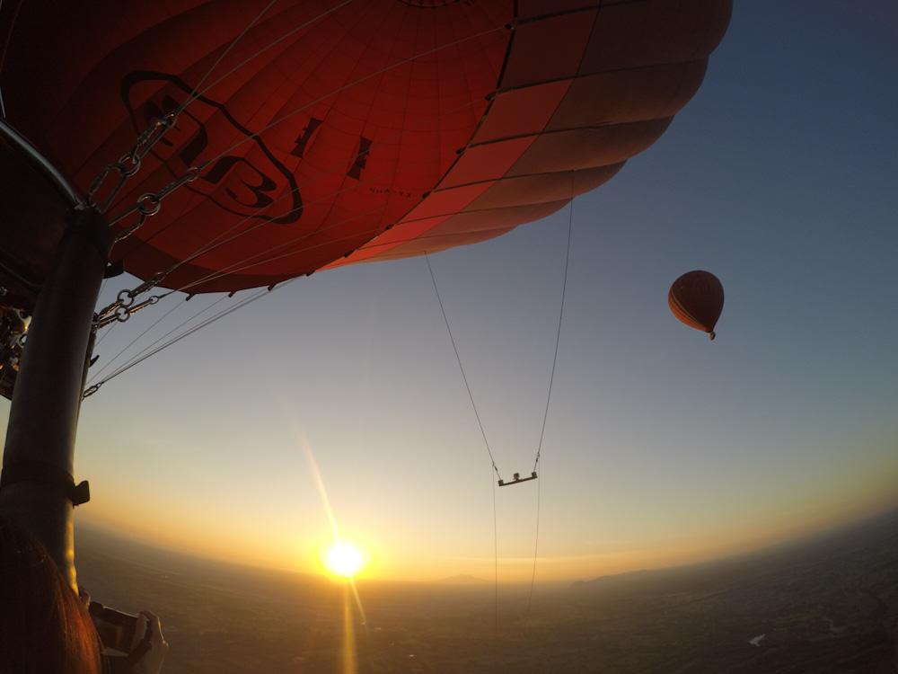 Balloons over Bagan 4