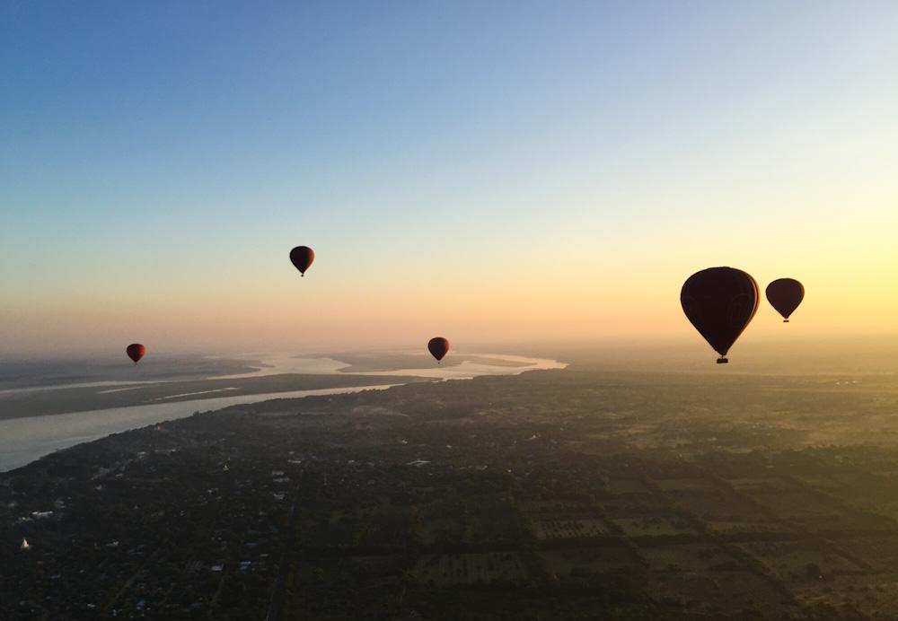 Balloons over Bagan 9
