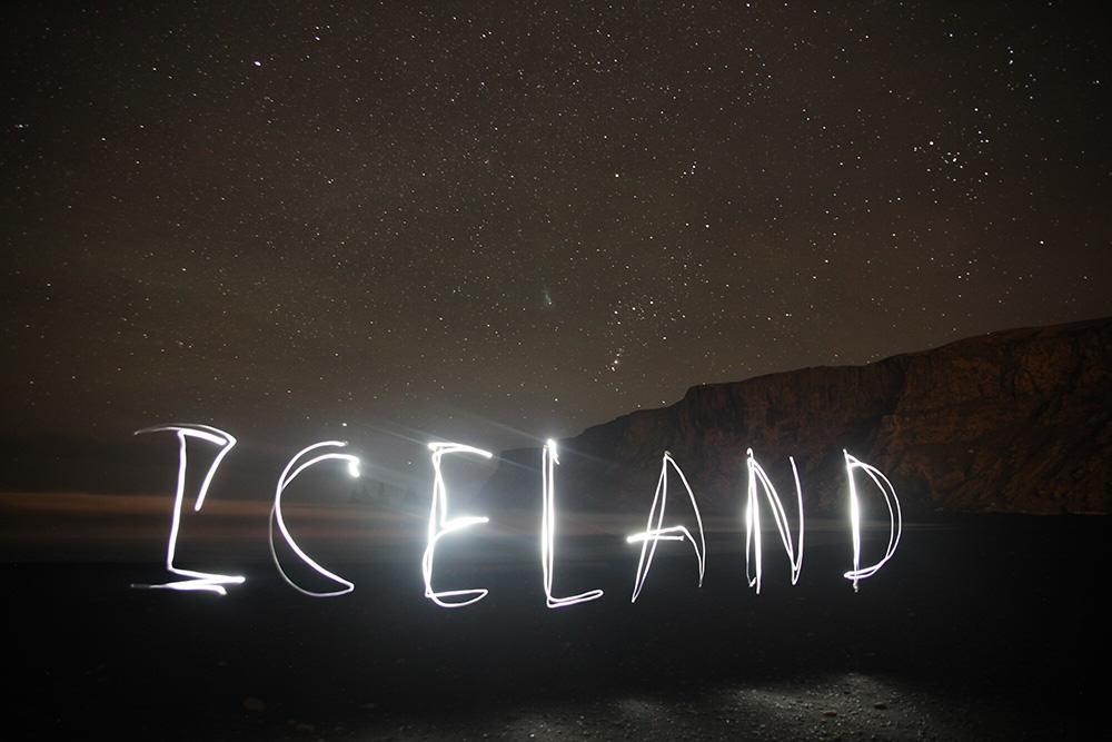 Aurora-Iceland-Light-Painting