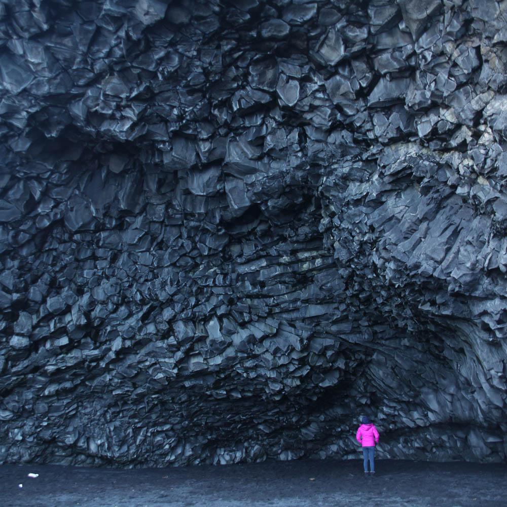 Iceland Winter-20-REYNISFJARA