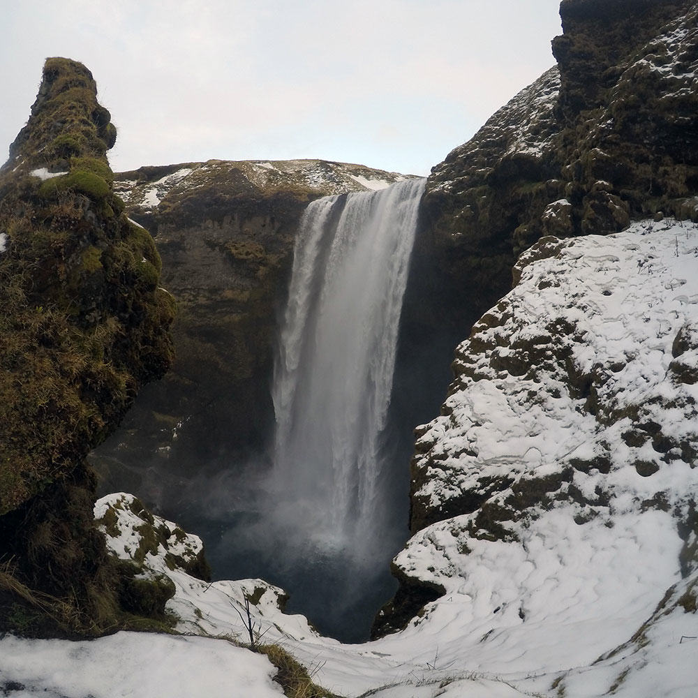 Iceland-Winter-43-Skogafoss