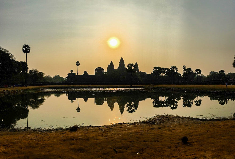 Sunrise at Angkor Wat Lake