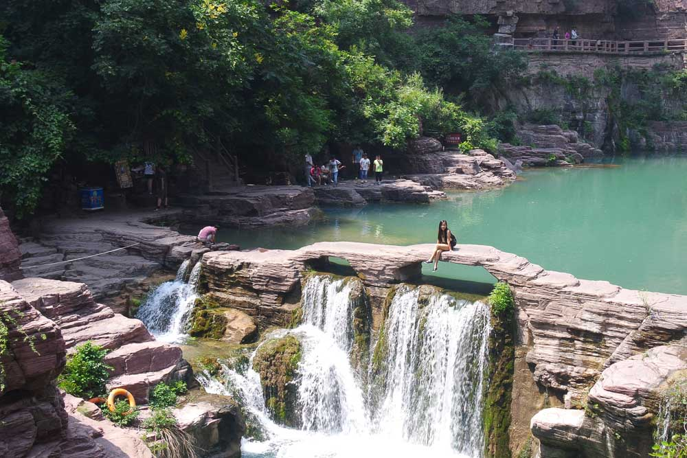 yun-tai-mountain-grand-canyon-china-henan