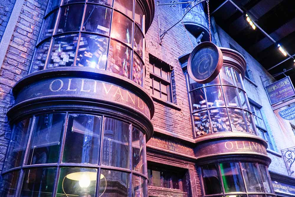 Ollivanders Wand Shop - Harry Potter London Studio