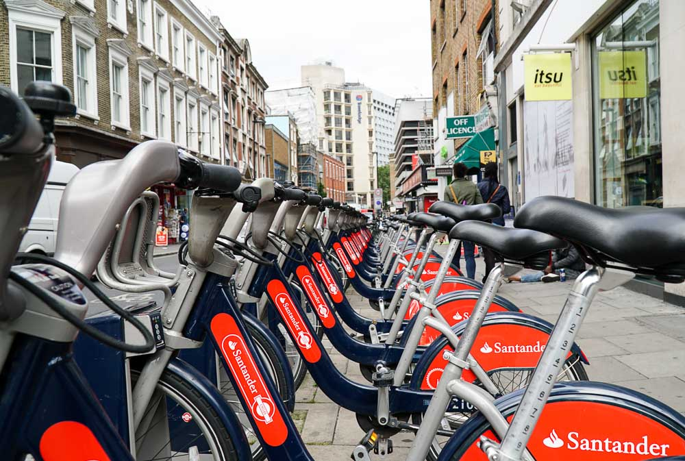 Santander Cycles - London Budget Guide