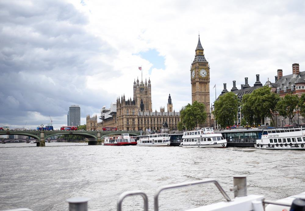 Thames River Cruise - London Budget Guide