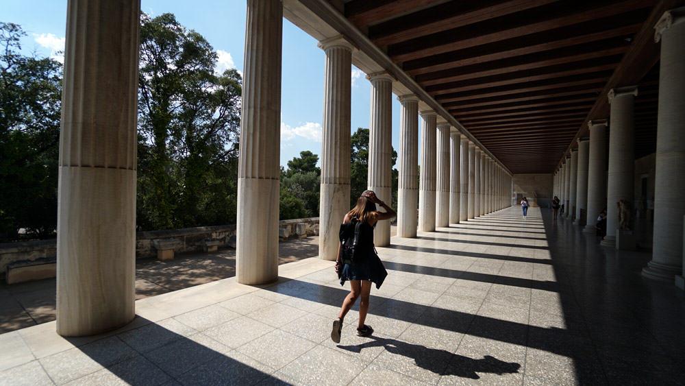 Gaston-Luga-Backpack-in-Athens