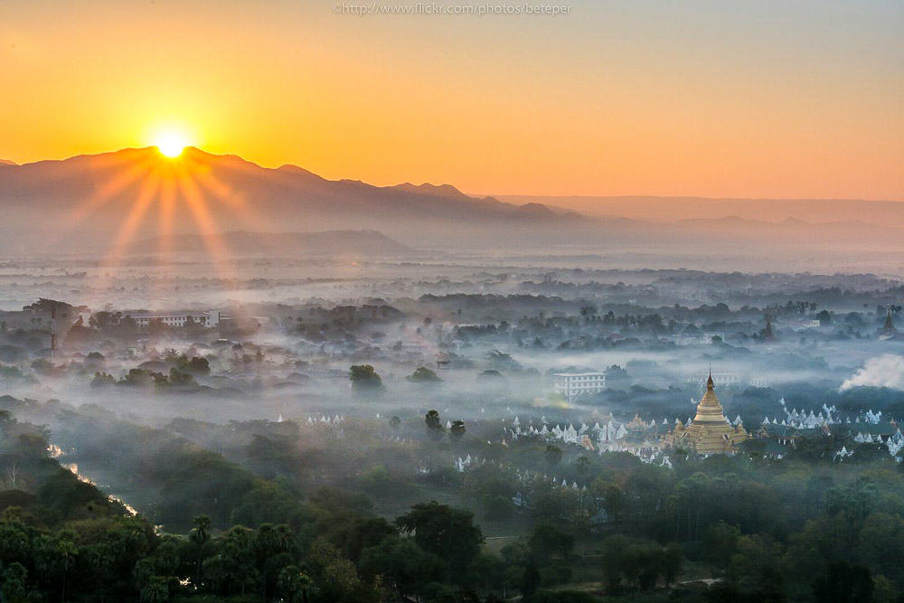 Sunrise on Mandalay Hill - myanmar-itinerary
