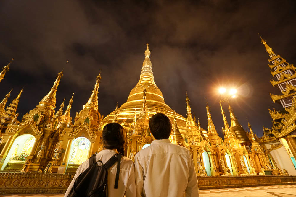 Shwedagon at night - myanmar-itinerary